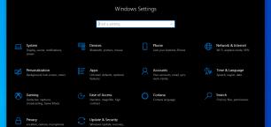 Switch to the Dark Theme by Night on Windows 10